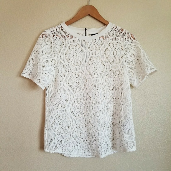 e10de743be11fd Banana Republic Tops - banana republic cream lace blouse exposed zipper
